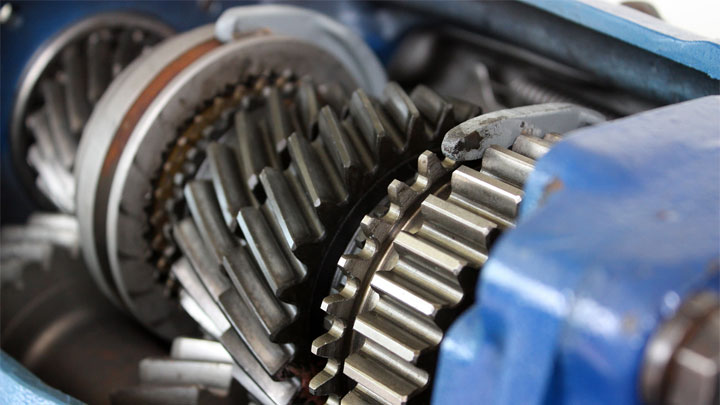 damaged transmission gears